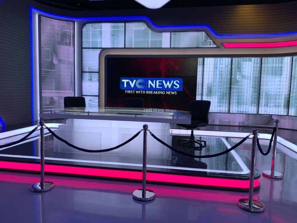 Yanzu-yanzu: Matasa sun bankawa gidan talabijin mallakin Tinubu, TVC News, wuta
