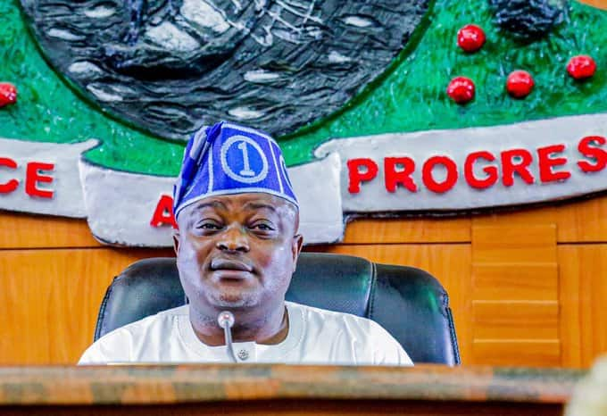 Insecurity: Lagos Assembly asks President Buhari to address Nigerians