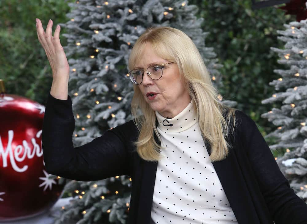 Shelley Long movies and tv shows