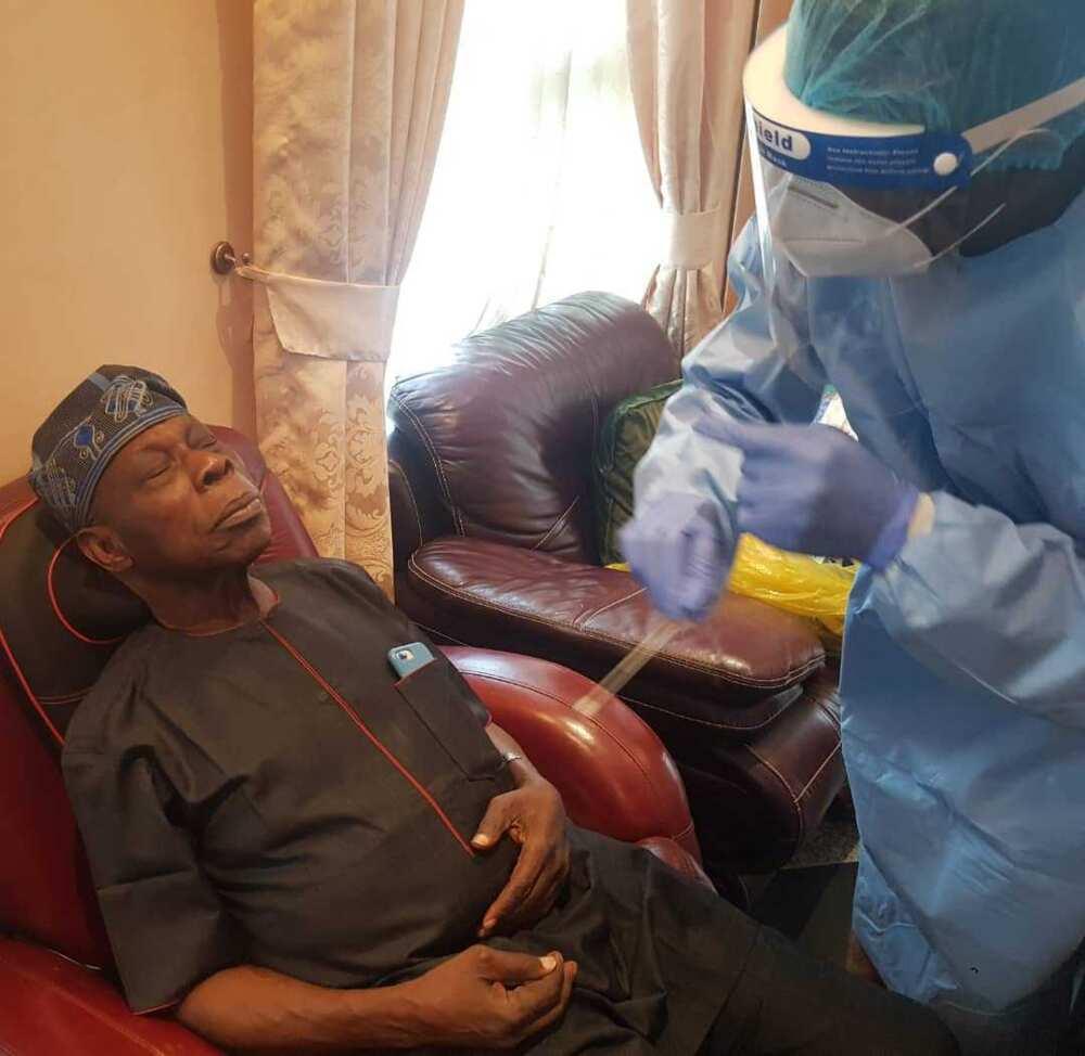 Sakamakon gwajin cutar korona na tsohon shugaban kasa Obasanjo ya fito Hoto: Kehinde Akinyemi