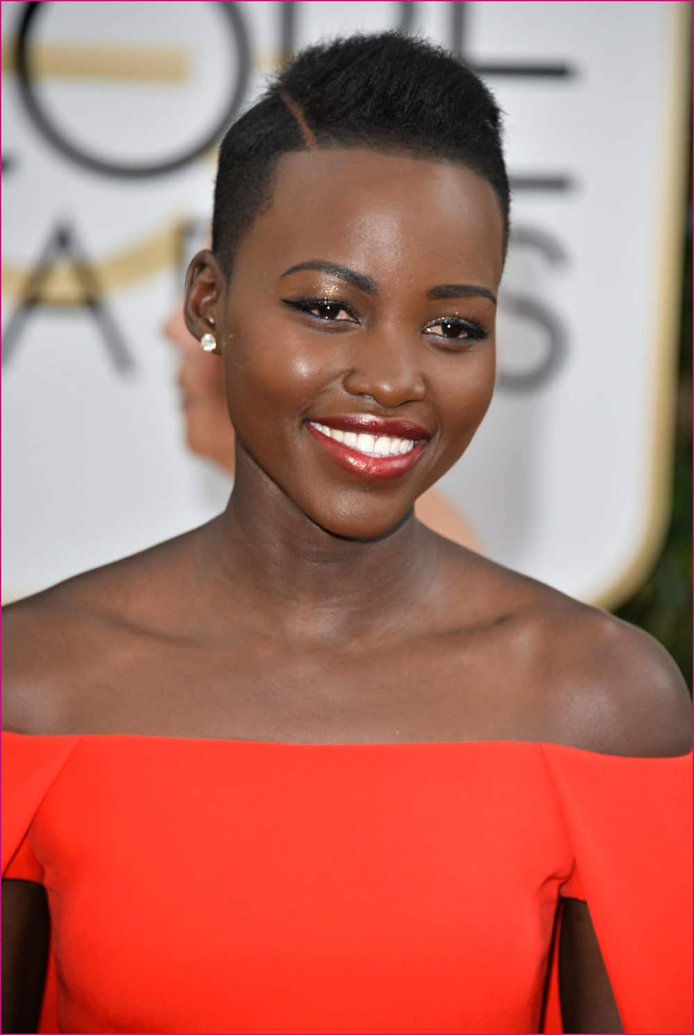 Low cut hairstyles for round faces