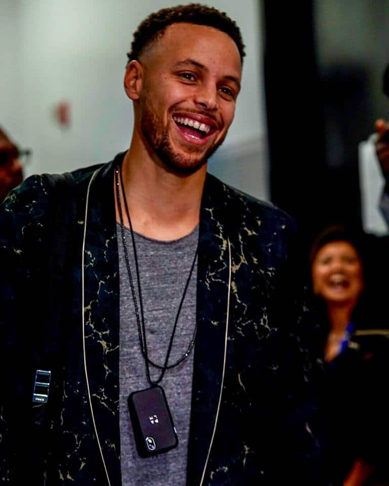 Stephen Curry Net Worth Endorsements Siblings Wife