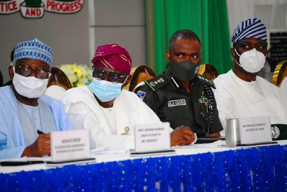 Buhari: Ba zai yuwu mu cigaba da tsame matasa ba wurin yake hukunci