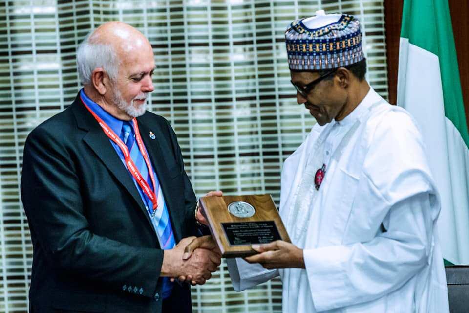 Why President Buhari deserves Polio Champion Award - Rotary Int'l (photo)