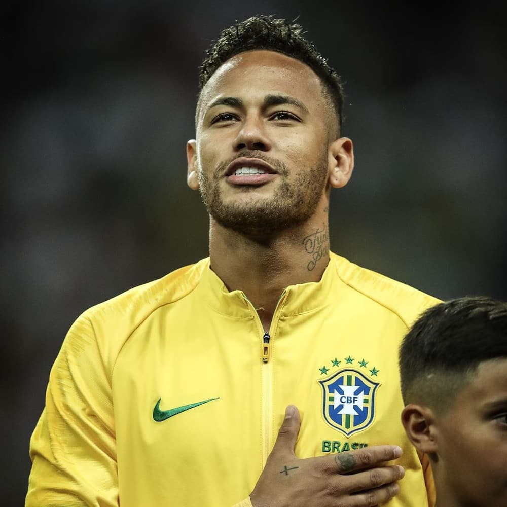 Neymar Jr Bio Age Net Worth Stats Does He Have A Son Legit Ng