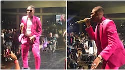 Wizkid steps out in pink ensemble for his star-studded concert in Lagos (photos)