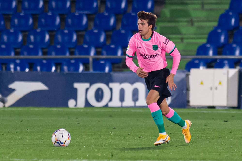 Riqui Puig: Arsenal, Leeds United plotting surprise transfer move for Barcelona youngster