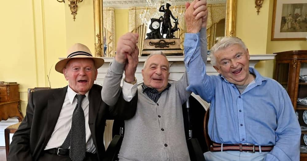 Holocaust survivors reunited after 70 years at house they sought refuge.