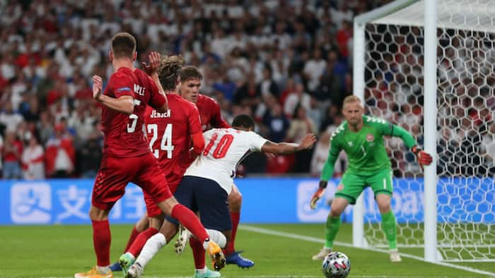 Wenger, Mourinho agree for the first time as they 'attack' VAR after England's winning penalty against Denmark