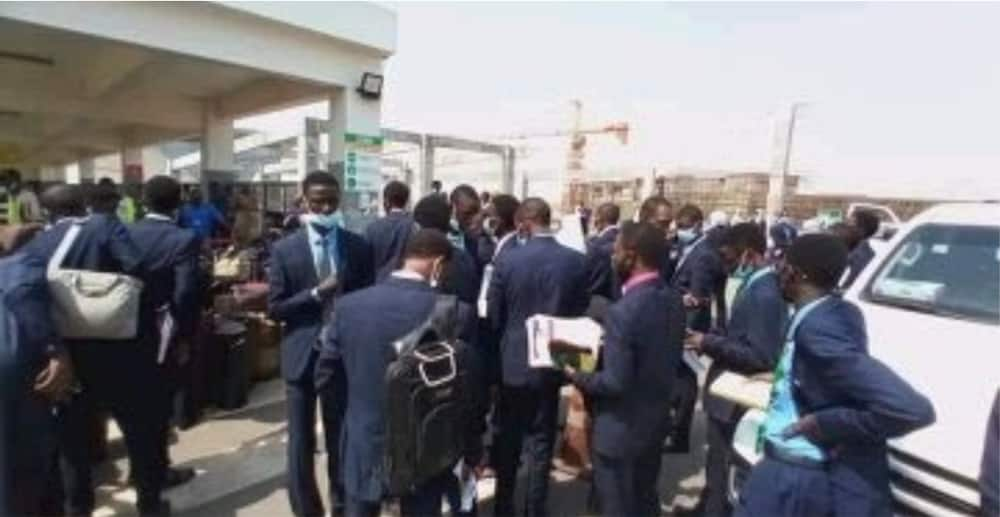 Governor sponsors 233 students to foreign universities to study some of the best courses on earth (photos)