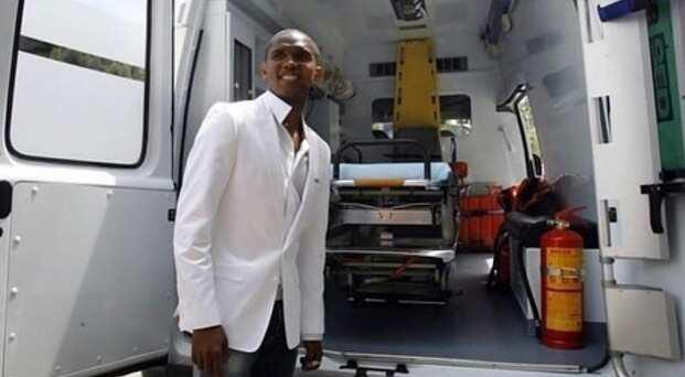 Samuel Eto'o donates ten ambulances to Cameroon health service