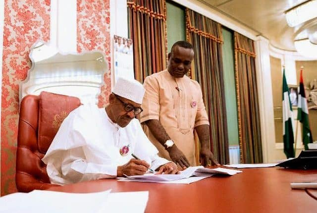 9th NASS inauguration: Buhari's aide denies call for use of 2011 standing rule
