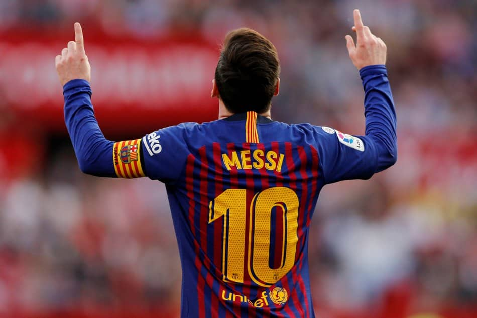 Lionel Messi: Rivaldo believes Barca star could stay beyond his current deal