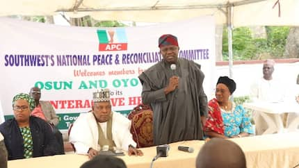 2019: Omisore, 3 APC governors in closed-door meeting in Oyo