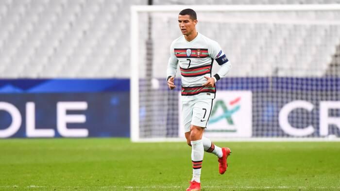 Wasanni: Ana zargin 'Dan wasa Cristiano Ronaldo da saba dokar Coronavirus