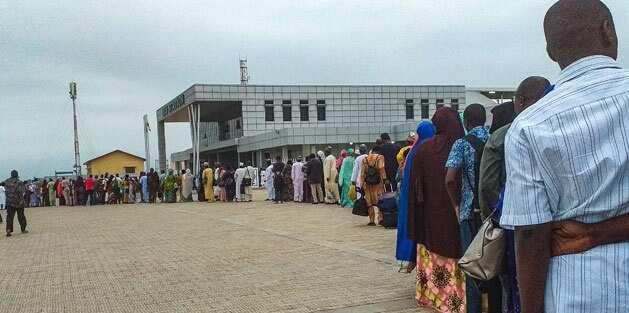 Satar mutane a hanyar Abuja zuwa Kaduna: Matafiya sun koma tafiya a jirgin sama