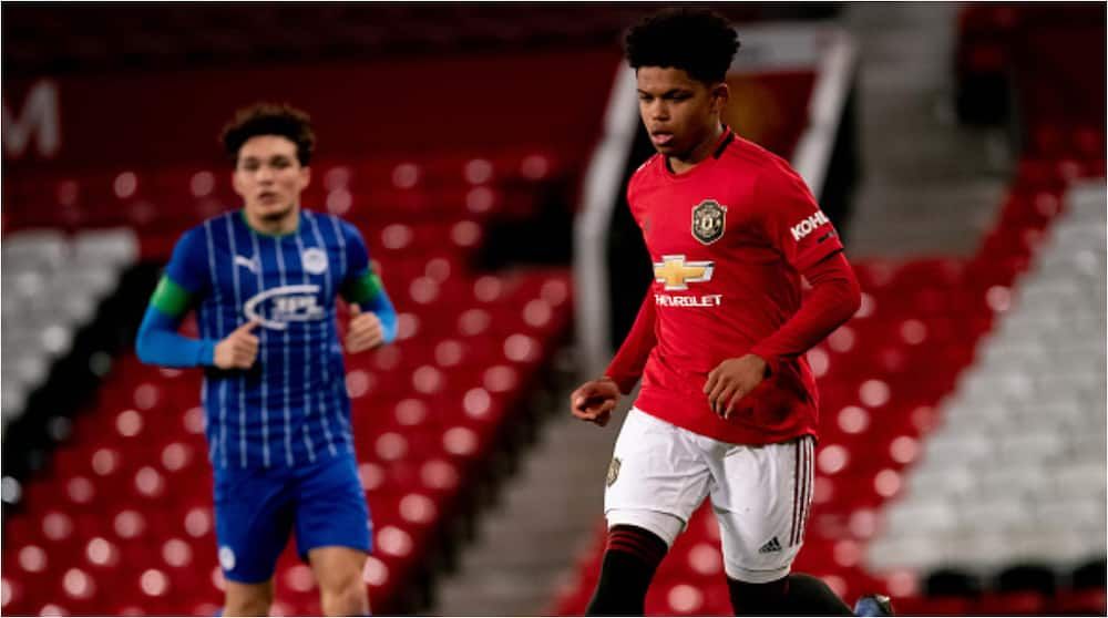 Sensational Nigerian wonderkid rejects advances from European giants to sign Man United deal