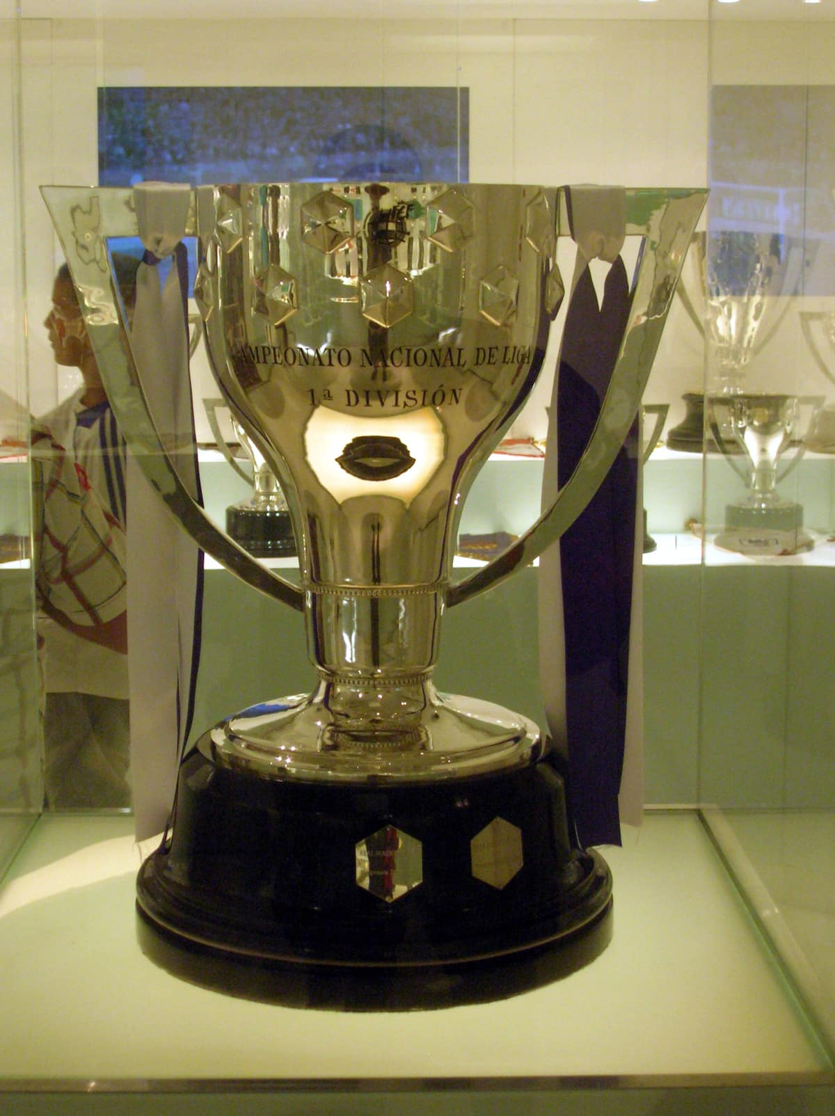 Top 11 highest paid cup in football - La Liga cup