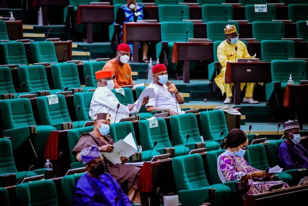 Two members of the House of Reps defect to the APC