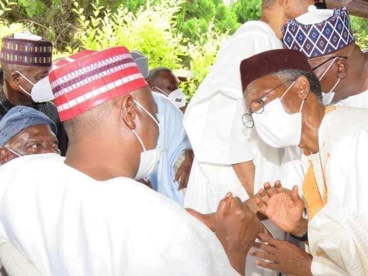 Jiga-jigan APC da PDP sun ajiye siyasa gefe, sun halarci auren 'dan Atiku da diyar Nuhu Ribadu