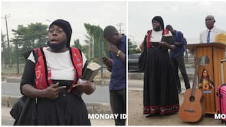 June 12 protest: Woman storms venue with travelling bag, preaches to security operatives, photos go viral