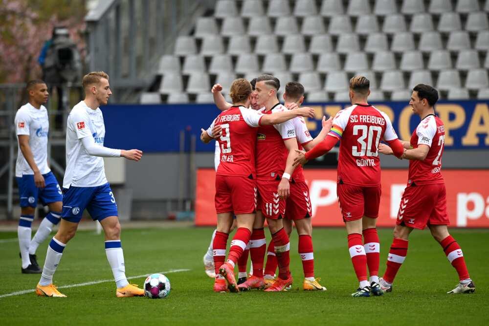 Schalke players.