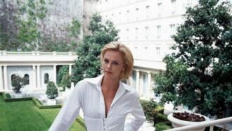 Biographie de Charlize Theron: de la ferme familiale de Benoni à Hollywood