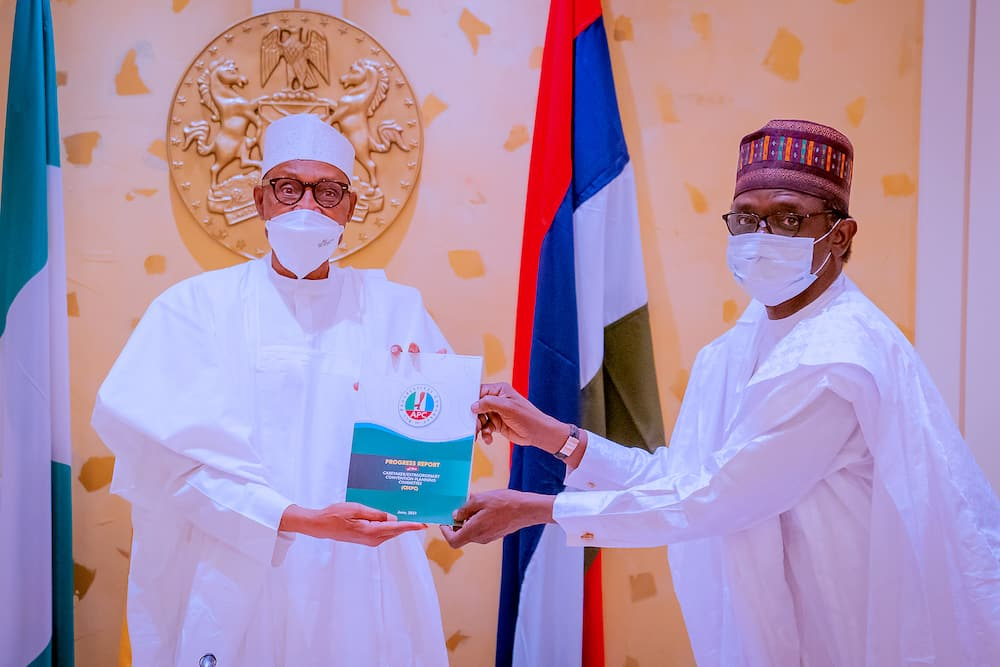 President Buhari with APC caretaker chairman
