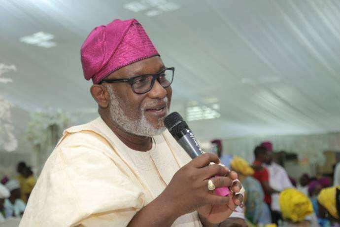 2019: Ku ba Buhari tukwuici - Gwamnan APC ga masu cin moriyan Npower