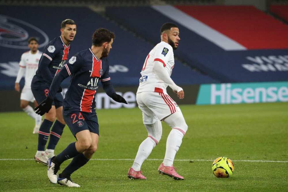 Memphis Depay: Lyon might allow Memphis Depay join Barcelona for about £4.5m