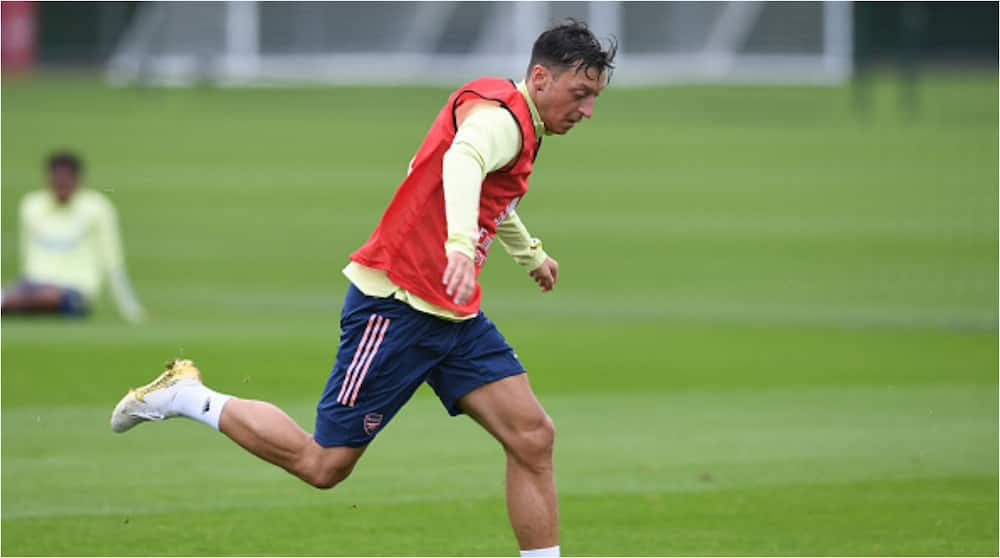 Here is the huge pay cut Mesut Ozil has taken to dump Arsenal and sign for Fenerbahce