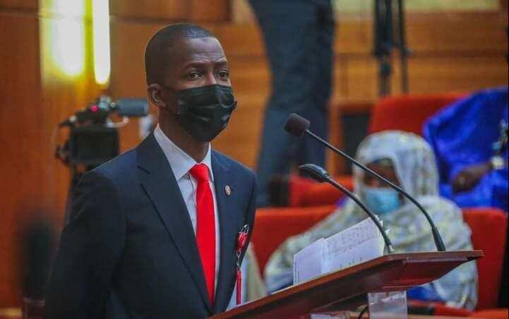 EFCC: Mun bankado sama da Naira Biliyan 1 daga hannun wani Ma'aikacin Gwamnati