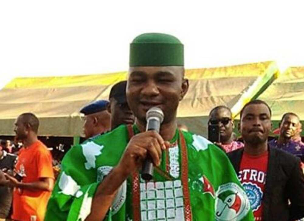 Yanzu-Yanzu: Shugaban PDP da Manyan Ƴan Jam'iyyar Sun Koma APC a Ebonyi