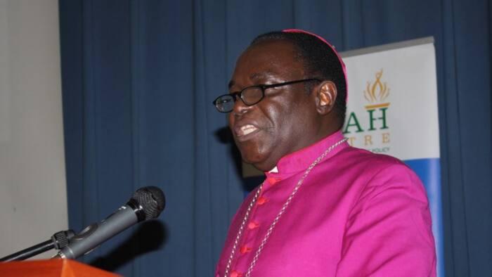 Apostle Suleman ya saki gagarumin gargadi a kan Bishop Kukah