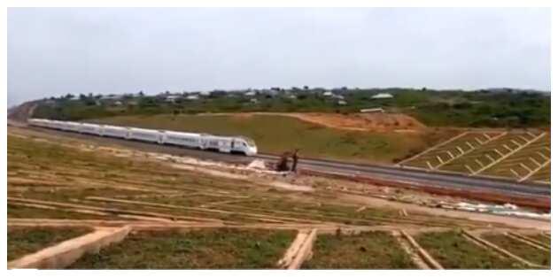 APC shows Nigerians how far Buhari has gone on Lagos-Ibadan railway project