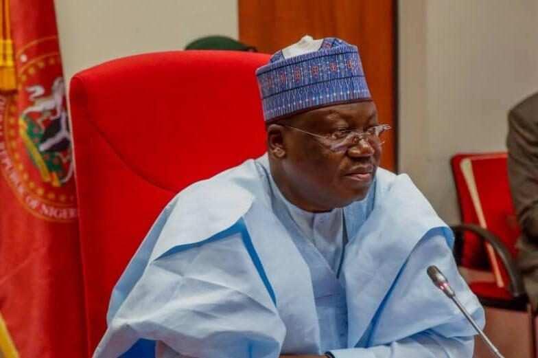 Ahmad Lawan yayi fatali da kudurin tsige Buhari kan rashin tsaro