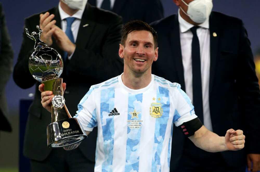 Lionel Messi: Barcelona set deadline to finalise deal for Argentine legend