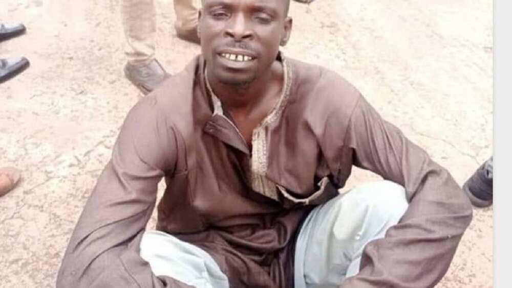 Hoton Hatsabibin Ɗan Bindigan Sokoto Da Aka Kama a Gidan Karuwai