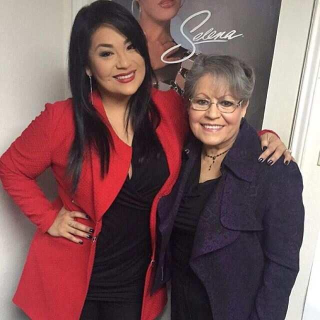 Selena Quintanilla mom