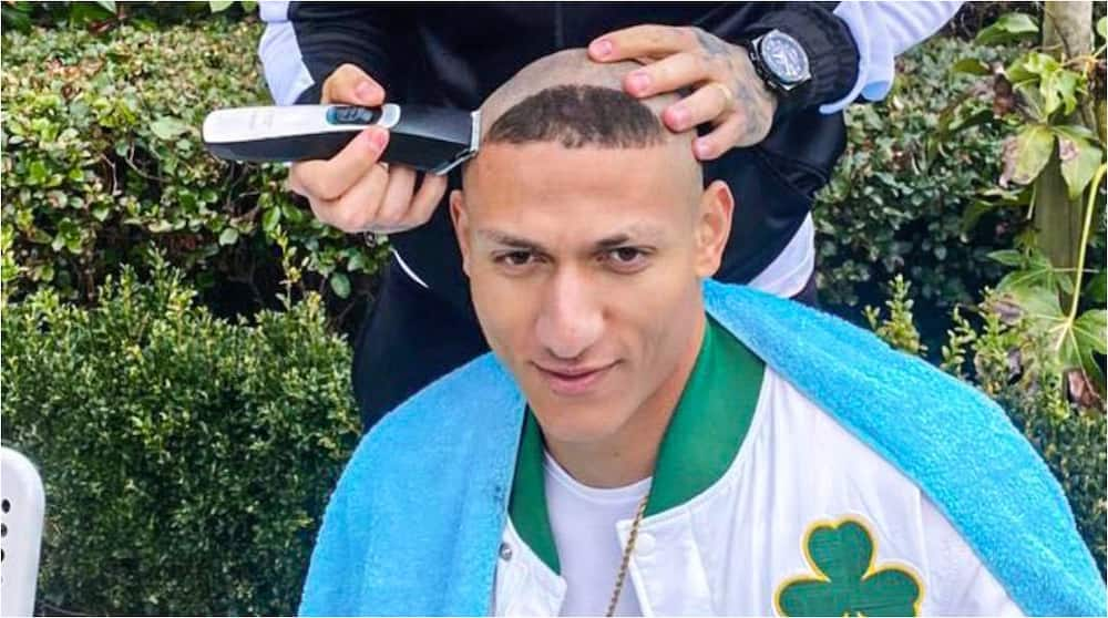 Man City Star Puts Rivalry Behind As He Is Spotted Cutting the Hair of Everton Strike