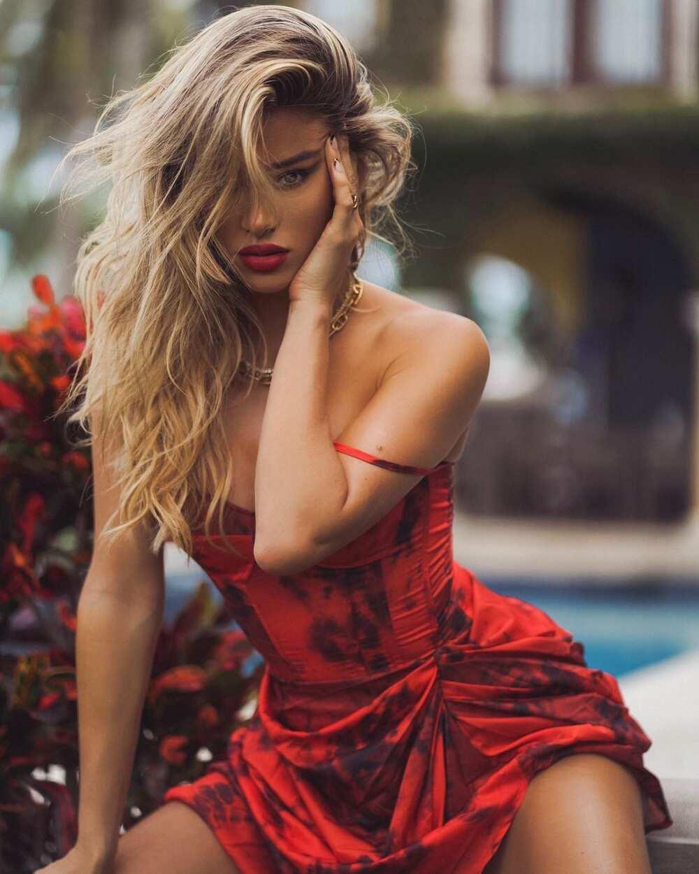 Cindy Prado hot