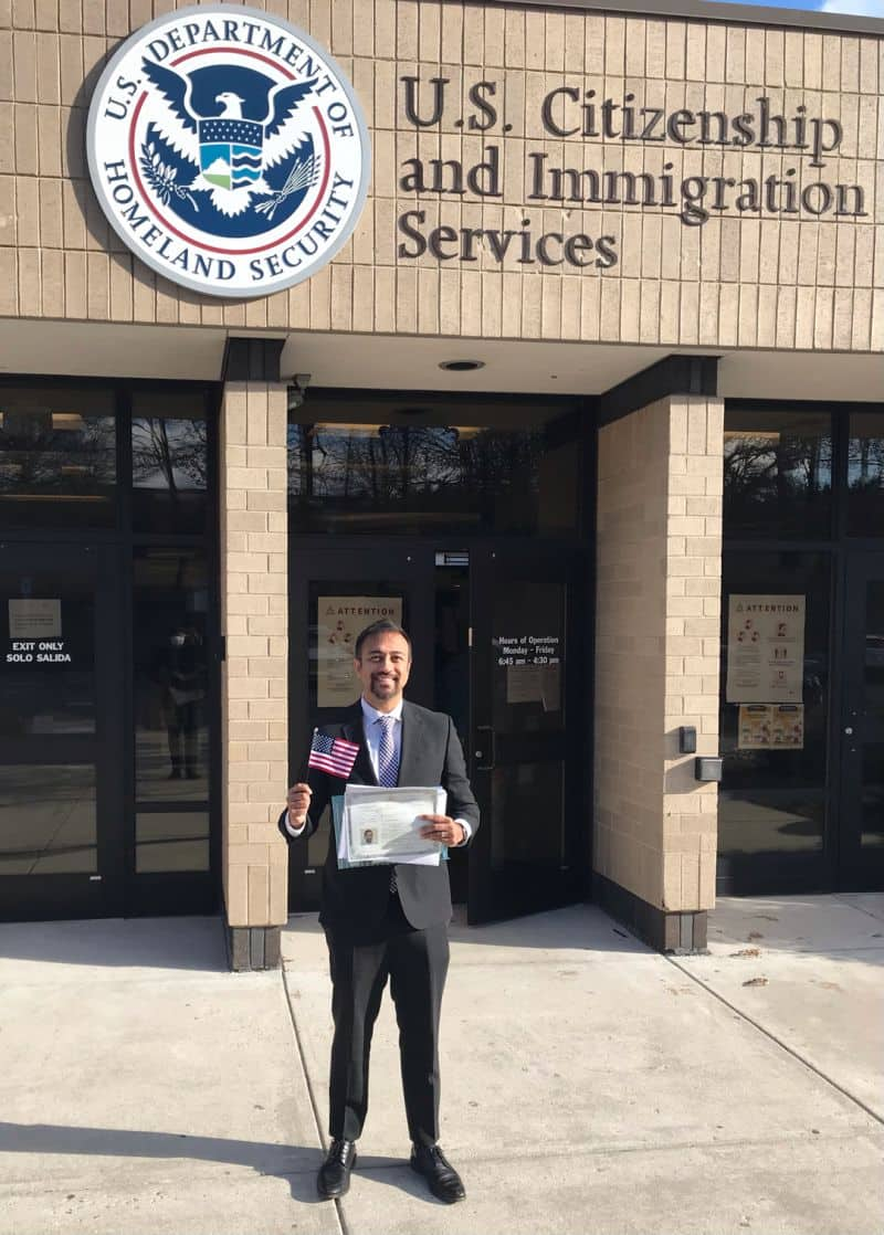 Man celebrates getting US citizenship after 20 years, shows off paperwork, social media reacts