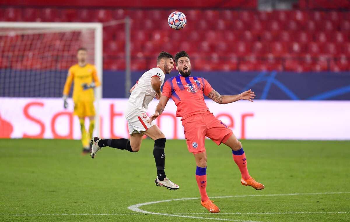 Giroud on fire, scores 4 goals as Chelsea destroy Sevilla in tough Champions League battle