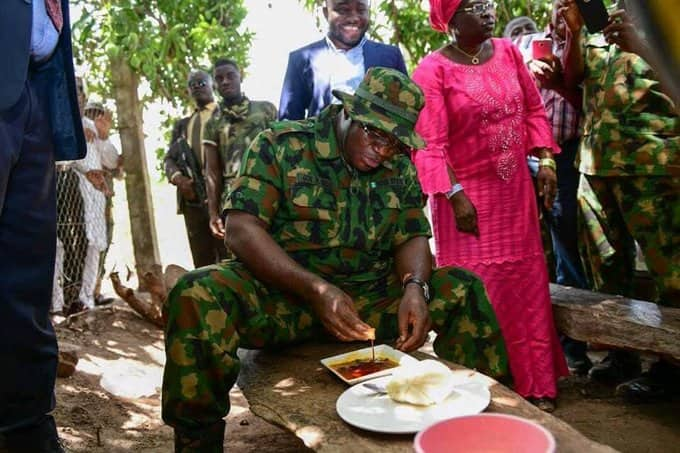 Insecurity: Governor Yahaya Bello rocks military camo, storms forest to boost Nigerian soldiers' morale