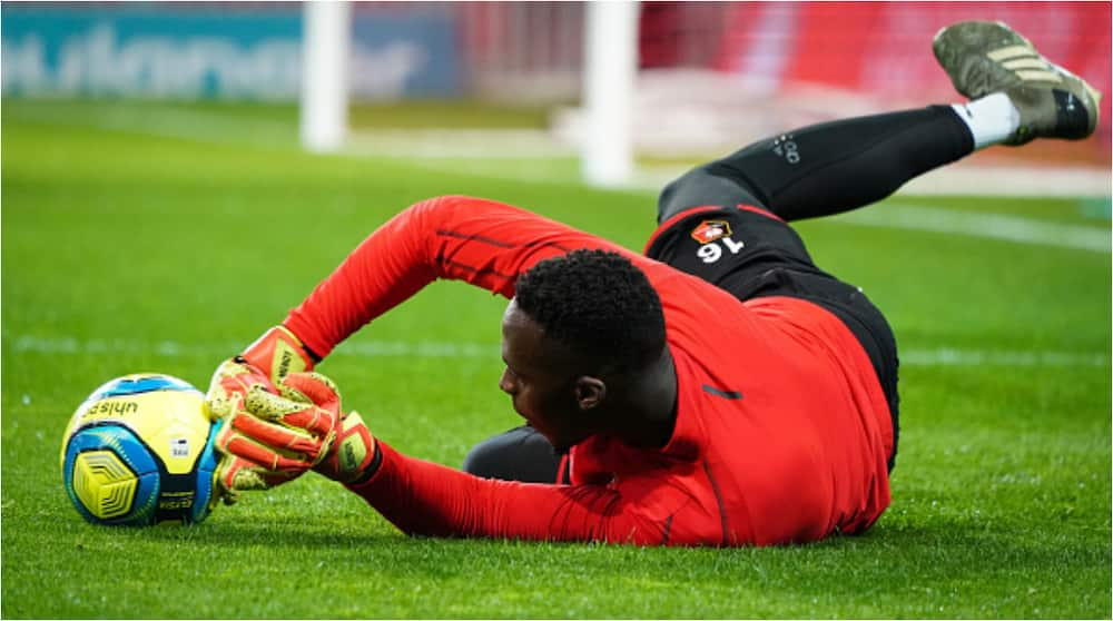 Edouard Mendy: Chelsea's deal for Rennes goalkeeper almost done at €20m