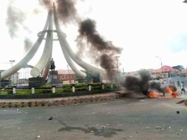 EndSARS: Ohanaeze condemns burning of Nnamdi Azikiwe's statue in Onitsha