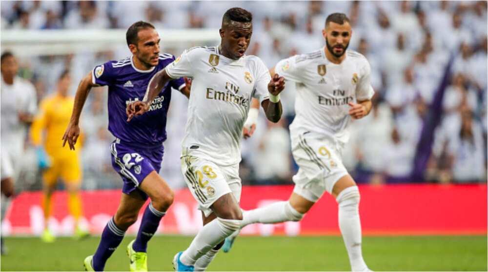 Karim Benzema: Real Madrid star caught on camera urging team-mates not to pass to Vinicius Junior