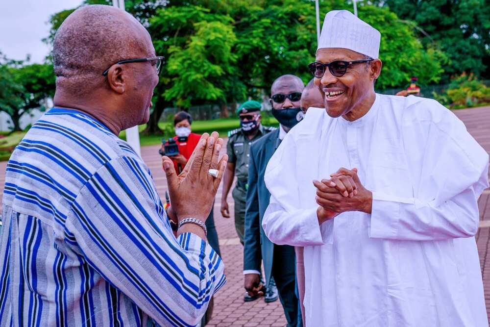 Yanzu yanzu: Shugaban kasa Buhari ya marabci shugaban kasar Burkina Faso (Hotuna)