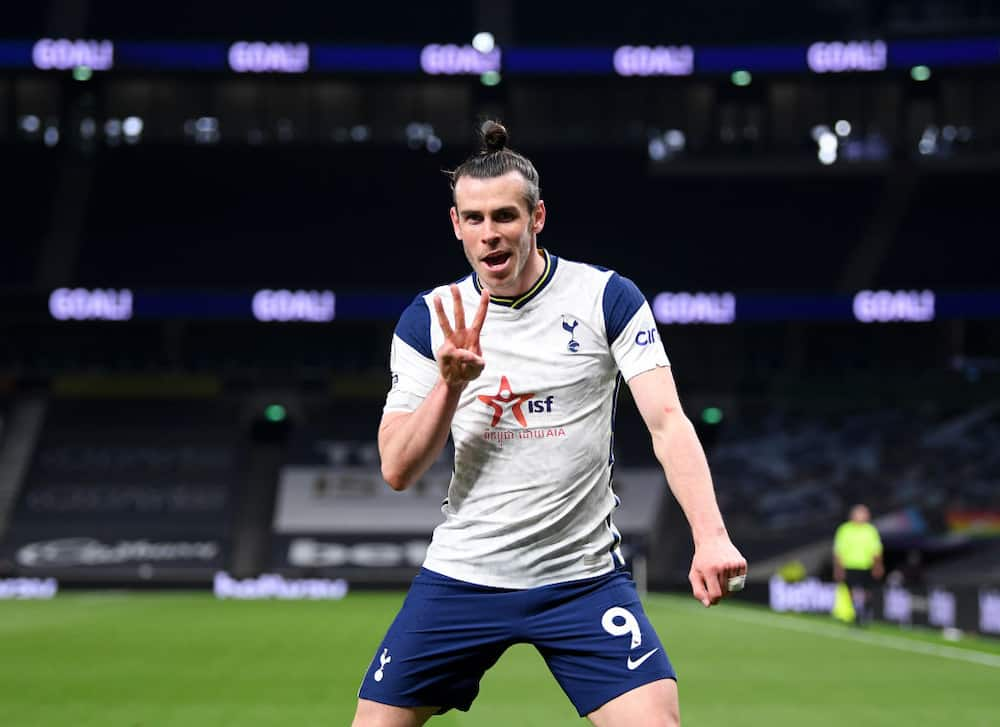 Gareth Bale aims thinly-veiled dig at Jose Mourinho after netting Tottenham hat-trick