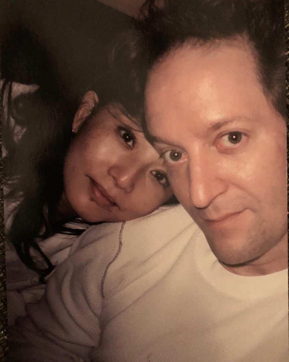 Tamlyn Tomita with her man